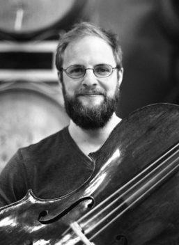 Steuart Pincombe, cello