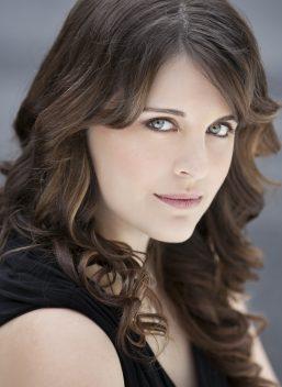 Katelyn Aungst, soprano