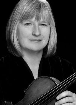 Marta Soderberg Howard, viola
